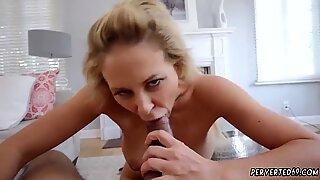 Британски милф (мама коју бих јебао) веб камера Цхере Девилле у импрегнацији Мо степдудди с сон