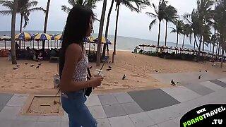 Тинејџери тајландски девојка воли велике ките