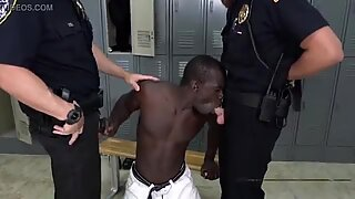 BLACK muscled dude POUNDS versatile cop in the lockers