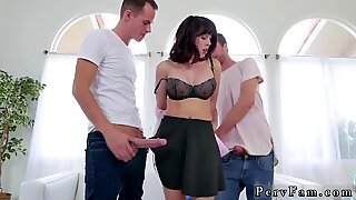 Chinese daddy bear Forgetful Stepsis Lands In