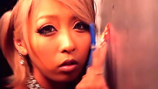 Ganguro girl fucked in her ass