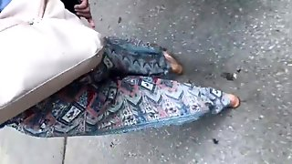 Nice PAWG in nice patterned pants
